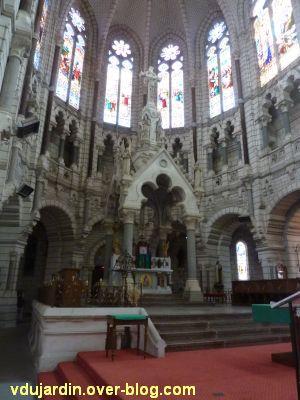 Niort, église Saint-Etienne-du-Port, 4, le ciborium et l'autel