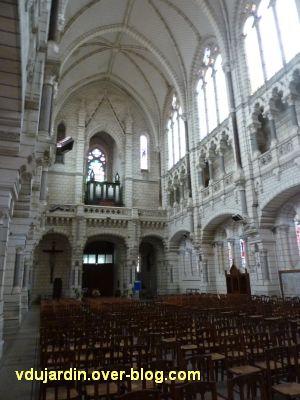 Niort, église Saint-Etienne-du-Port, 5, vue vers l'entrée avec la tribune et l'orgue