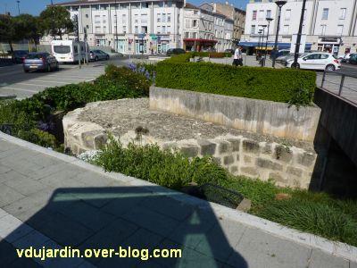 Niort, place Saint-Jean, 1, ruines archéologiques