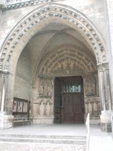 Portail occidental de l'église Notre-Dame de Couture au Mans