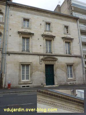 Niort, maisons des 26, 28 et 30 rue Alsace-Lorraine, 2, façade du 26