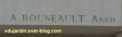 Niort, le relief de Sauquet-Javelot par Pairault et Bouneault, 4, la signature de Bouneault