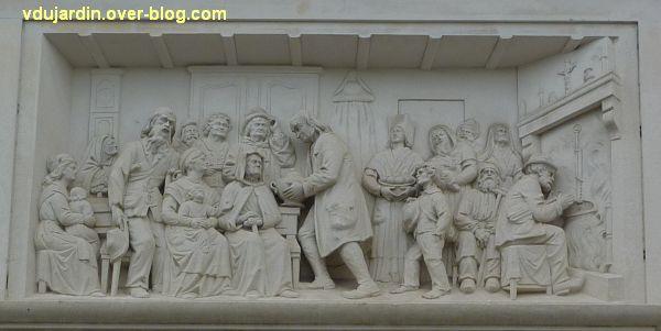 Niort, le relief de Sauquet-Javelot par Pairault et Bouneault, 6, le relief sculpté