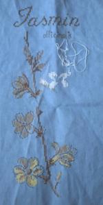 Etude de plantes, le jasmin, deuxième étape de la broderie