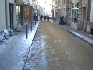 La grand-rue le 7 janvier 2009 à 13h