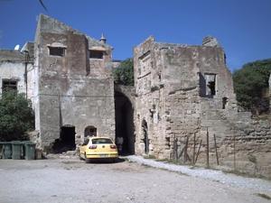 Rhodes, les remparts, porte, vue côté interne de la ville