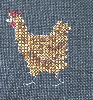 Une deuxième poule brodée