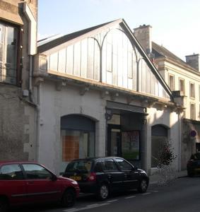 Façade de la maison de l'architecture à Poitiers