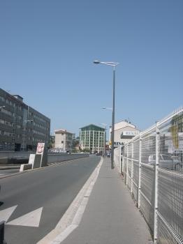 La gare de Poitiers, arrivée par le sud