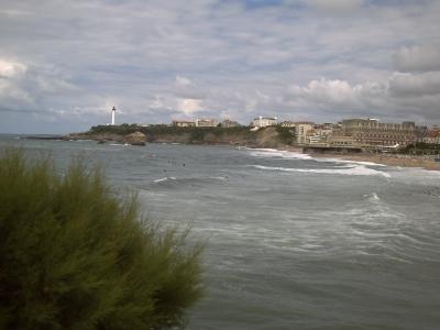 Biarritz, la grande plage et le phare