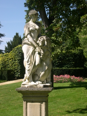 Le lion amoureux de Maindron, parc de Blossac à Poitiers