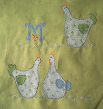 Poules brodées pour le plaid de Manumaddy
