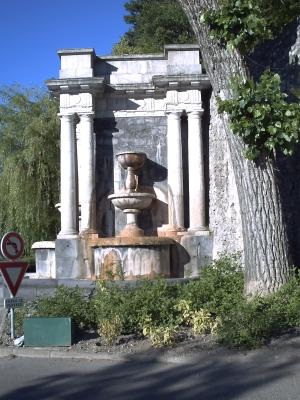 Digne-les-Bains, la fontaine monumentale