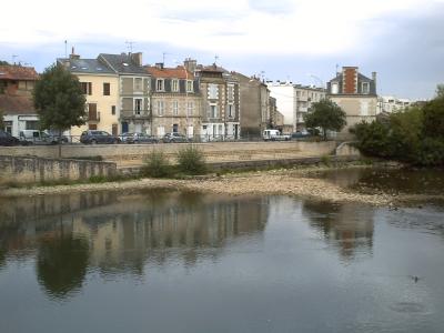 Le Clain au niveau du pont Joubert à Poitiers, le 23 août 2009