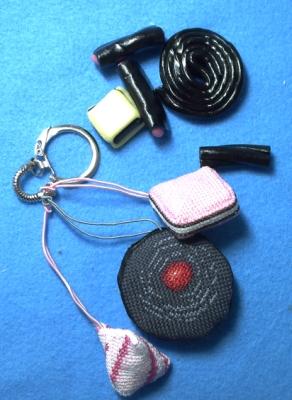 Porte-clef avec bobnbons brodés