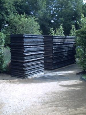 Chaumont 2009, jardin 8, mur en ardoise