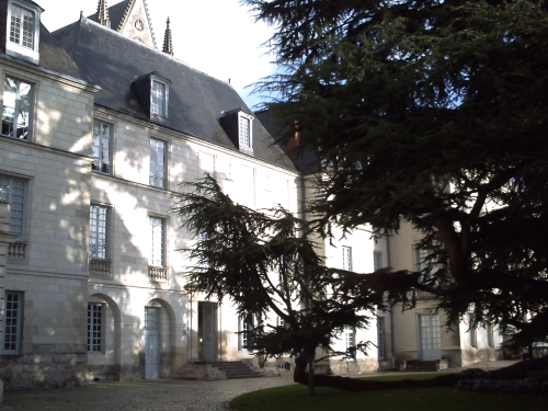 La façade du musée des beaux-arts de Tours