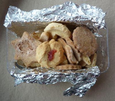 Le contenu du colis de Zazimuth, les biscuits