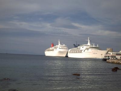 Voyage en mer Egée 2009, Rhodes, le départ : le bateau à quai