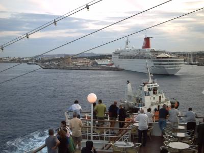 Voyage en mer Egée 2009, Rhodes, le départ : le quai en arrière