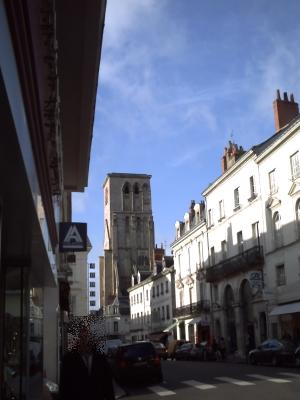 Tours, novembre 2009, basilique Saint-Martin : la rue des Halles