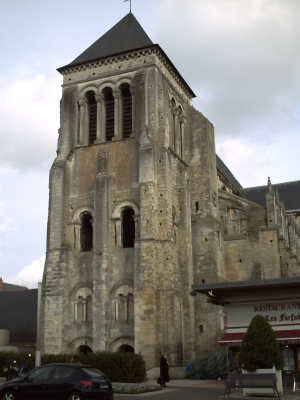 Tours, abbaye Saint-Julien, le clocher-porche