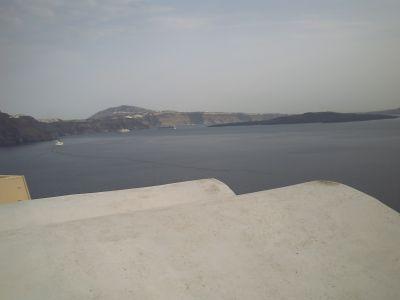 Santorin, les bateaux dans la caldera