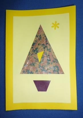 Carte sapin pour la nouvelle année 2010 : sapin en iris folding