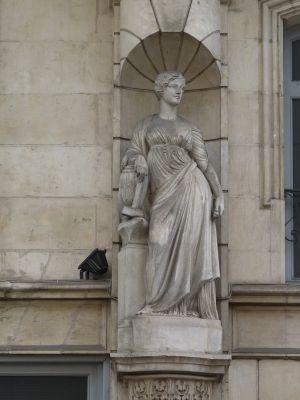 Poitiers, l'ancien cercle industriel, l'allégorie de l'industrie par Brouillet