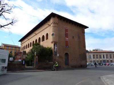 Toulouse, le musée Saint-Raymond, entrée.jpg