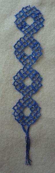 Marque-page en frivolité, fil bleu et doré