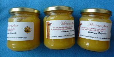 Pots de miel de un toit pour les abeilles