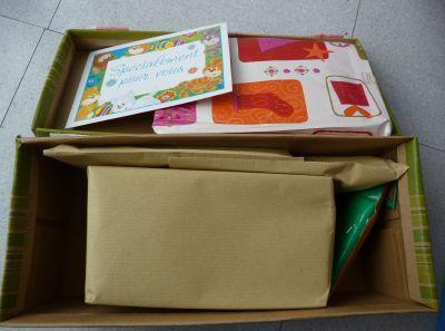 L'échange d'été de Miss Fil, le colis reçu de Manuelle, une carte et des petits paquets