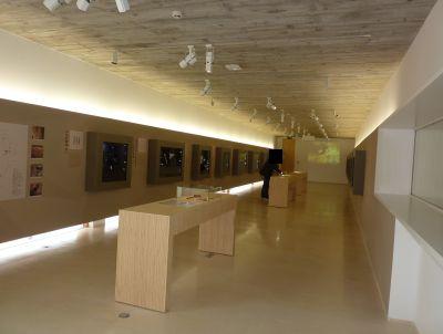 La sabline, musée de Préhistoire, salle consacrée à l'art