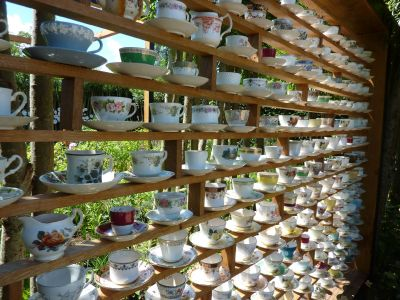 Chaumont-sur-Loire, festival 2010, le jardin 16, les tasses