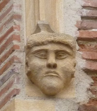 Toulouse, musée Saint-Raymond, façade postérieure, fenêtre 2, détail