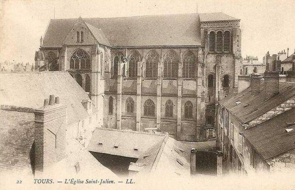 Tours, le cloître de Saint-Julien, carte postale ancienne