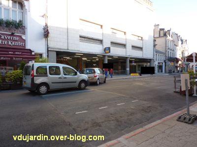 Poitiers, coeur d'agglo, 30 août 2010, vue 4, parking hôtel de ville