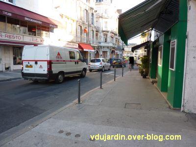 Poitiers, coeur d'agglo, 30 août 2010, vue 5, au bout de la rue Carnot