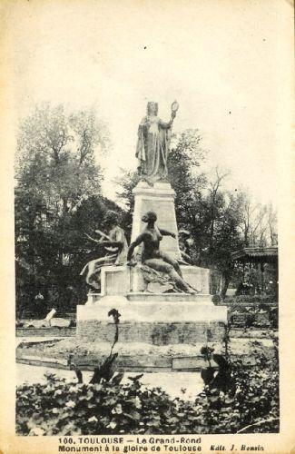 Le Grand Rond à Toulouse, carte postale ancienne, monument à Clémence Isaure de Paul Ducuing, sans bassin