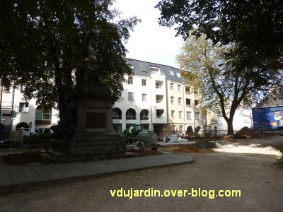 Poitiers, coeur d'agglo, 1er septembre 2010, vue 5, square Magenta à 18h