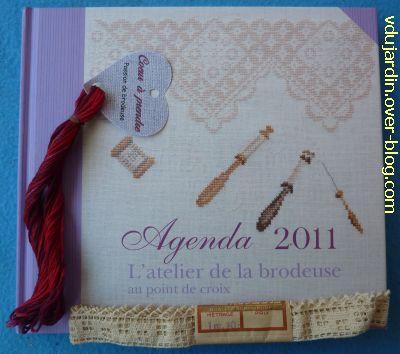 Mon anniversaire 2010 par Emmanuelle, 5, le livre, le fil et la dentelle