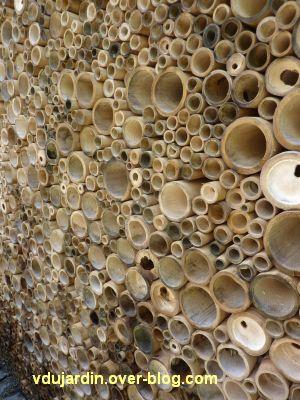 Chaumont-sur-Loire, festival 2010, le jardin 24, vue 2, le mur de bambou