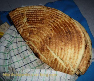 Le gros colis reçu d'Algérie, 2, de la galette