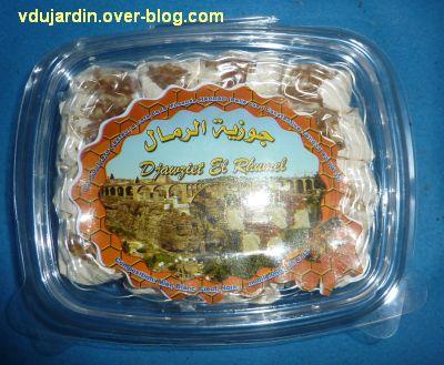 Le gros colis reçu d'Algérie, 5, du nougat, boîte fermée