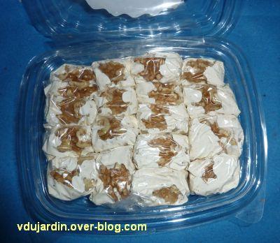 Le gros colis reçu d'Algérie, 6, du nougat, boîte ouverte