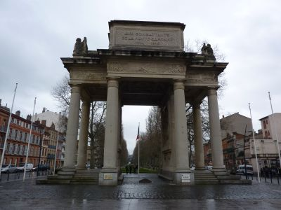 Toulouse, le monument morts de Haute-Garonne, face postérieure