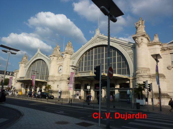 Tours, la gare, 1, la façade