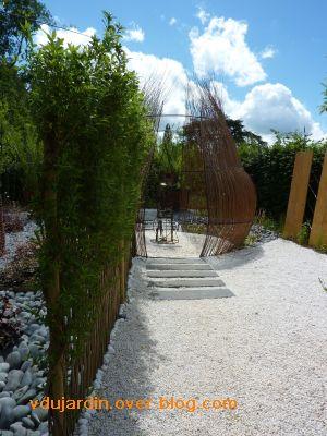 Chaumont-sur-Loire, festival 2010, le jardin 22, 8, la structure en osier mort de plus loin