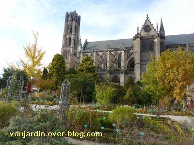 Limoges, le jardin de l'évêché le 31 octobre 2010, vue 4